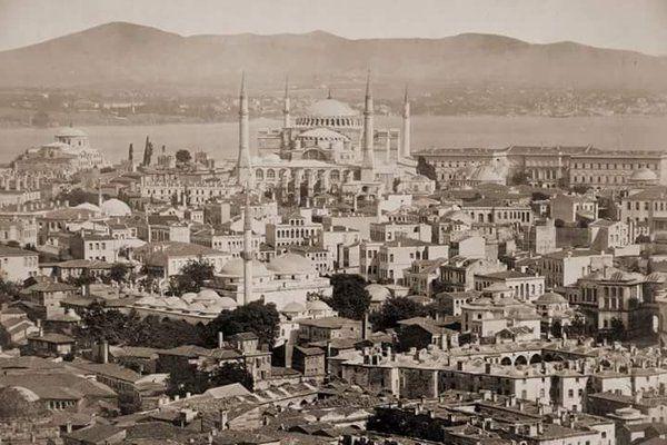 Sultanahmet, 1875 F: Guillaume Berggren #istanbul #oldistanbul #eskiistanbul #istanlook