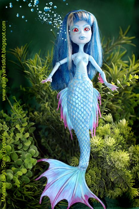 DIY Monster High Mermaid. How to fill in that ugly gap in the cam mermaid tail, and repaint the body.