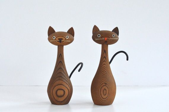 Cat figurines wood cryptomeria Laurids Lonborg style
