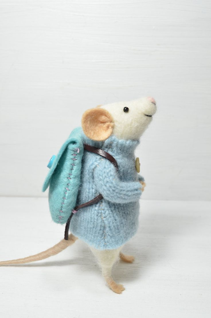 Traveler Mouse - unique - needle felted ornament animal - feltingdreams on etsy