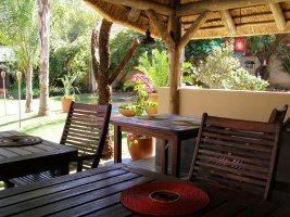 Hartbeespoort Bed and Breakfasts, The area offers a variety of accommodations, splendid restaurants, art and craft stalls and a vibrant nightlife.