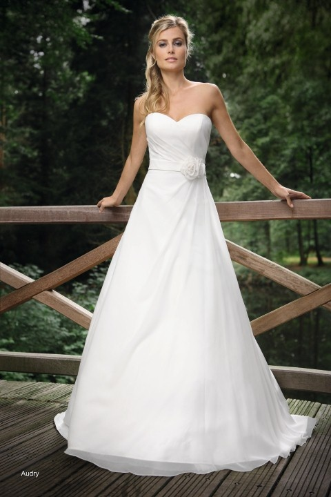 Trouwjurk model Audry van Affinity Bridal