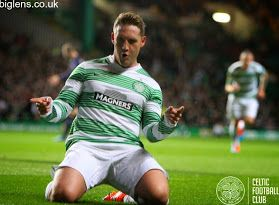 Celtic 1-0 GNK Dinamo Zagreb, 2nd October 2014. Goal hero Kris Commons celebrates in style.