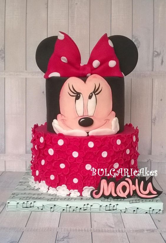 party-ideas-ph-minnie-mouse-birthday-cakes-3