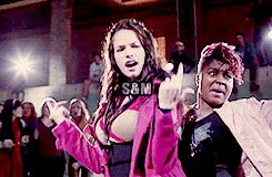 Alexis Knapp Pitch Perfect Shower   gif * Anna Kendrick ::: donald Alexis Knapp pitch perfect fat amy ...