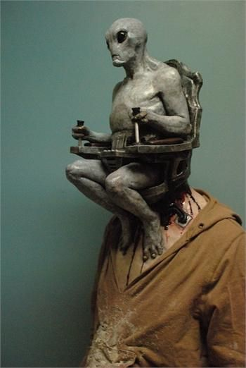 ALIEN MIND CONTROL MASK - This may be the best mask I've ever seen.