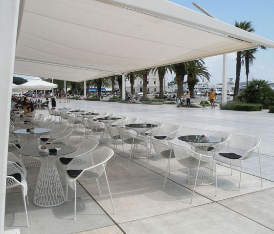 Bistro tables | Garden tables | Heaven | 493 | EMU Group. Check it out on Architonic