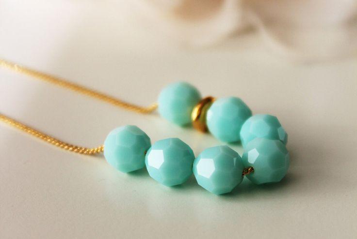 Dream Island Jewellery @ Etsy, Mint Green Necklace ($41.28)