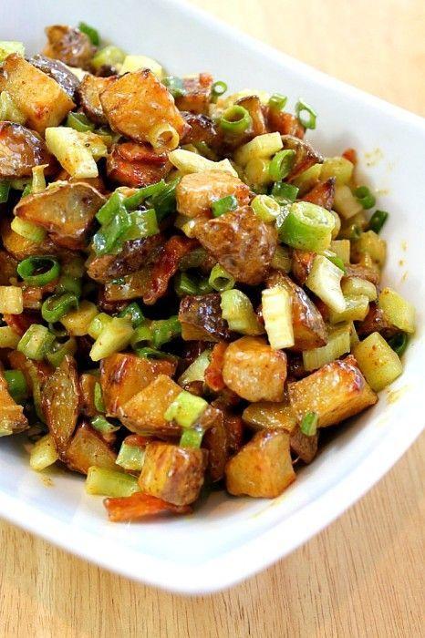 No Mayo Roasted Potato Salad with Bacon {The Love Nerds} #recipe #sidedish #potatosalad