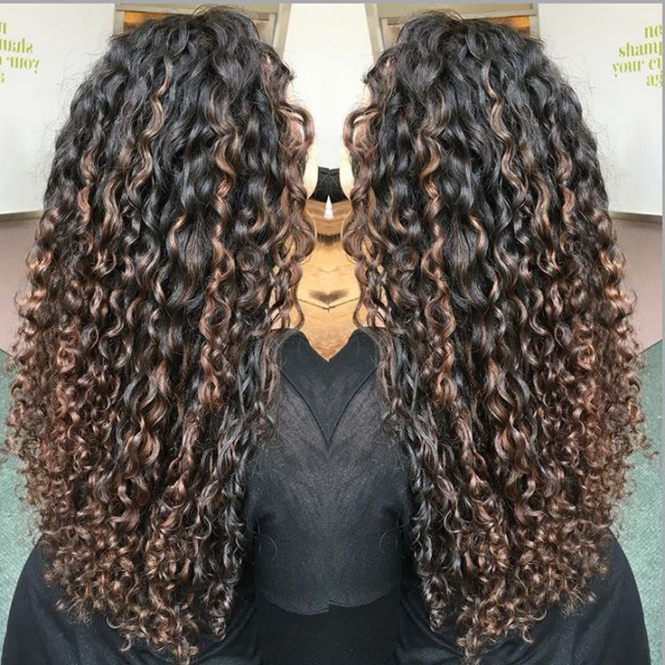 Best 25+ Highlights curly hair ideas on Pinterest | Curly highlights, Ombre curly hair and Short ...
