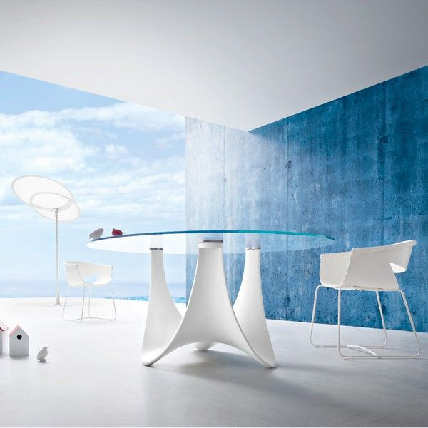 Roberti // Coral Reef   Round Dining Table. Impeccable Design For This  Round Dining