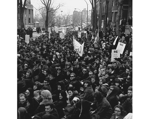 anti war movement essay It is generally acknowledged that the antiwar movement in the late 1960s and early 1970s shortened the vietnam war how that is interpreted may depend.