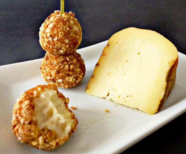 Croquetas de queso y kikos