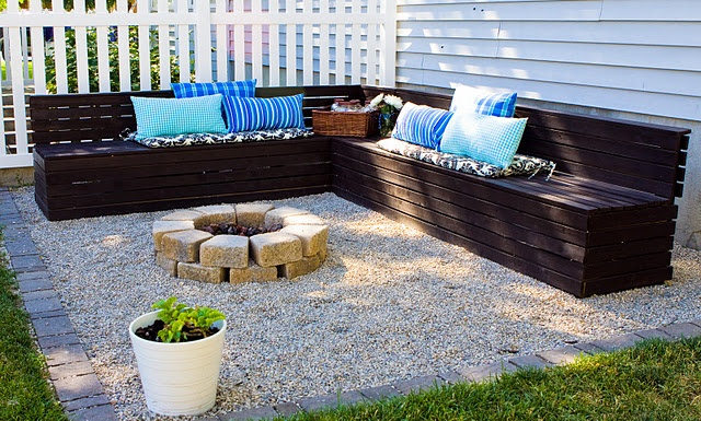 Fire pit pea gravel & wood benches