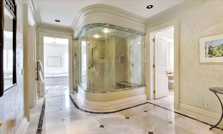 Regina George's Mean Girls Mansion Is For Sale For $14.8M - The six-piece, ensuite master bathroom has marble counters and heated flooring.