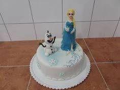 dort - Elsa a Olaf z pohádky Ledové království / cake - Elsa and Olaf from fairy Frozen.