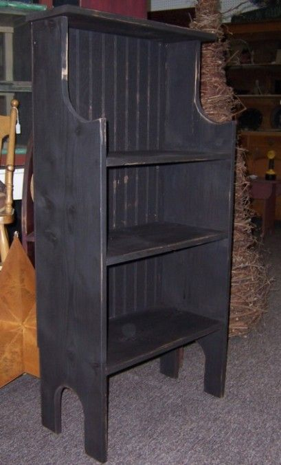 Oooh, I love the lines of this Dutch Crock Stand and also the beadboard back