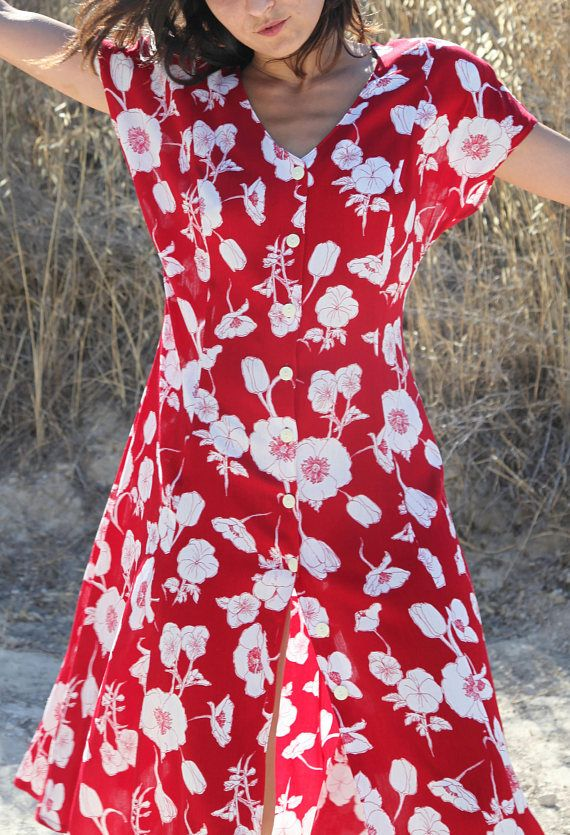 Vintage red white Poppies floral beautiful viscose button down