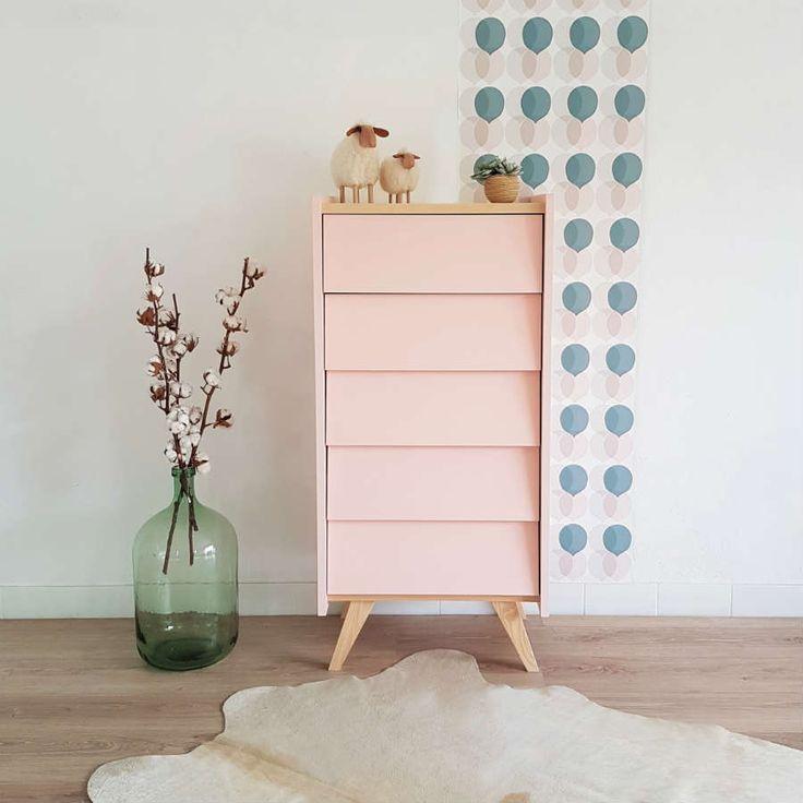 Chiffonnier style rétro scandinave, en bois, coloris rose, modèle Gaspard