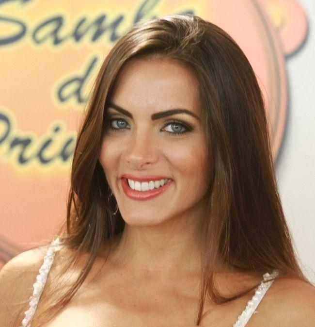 """Bailarina do """"Faustão"""" precisa saber mais do que dançar, diz Carla Prata #Bailarinas, #Brasil, #Escondido, #Faustão, #Fotos, #Globo, #Grupo, #PoleDance, #Programa, #Tv http://popzone.tv/bailarina-do-faustao-precisa-saber-mais-do-que-dancar-diz-carla-prata/"""