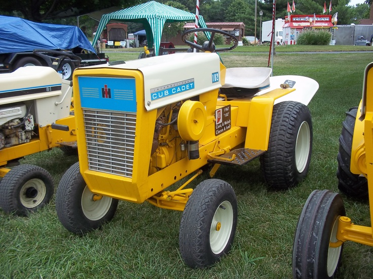 Old International Cub Cadet Lawn Tractor : Best images about cub cadet designs on pinterest