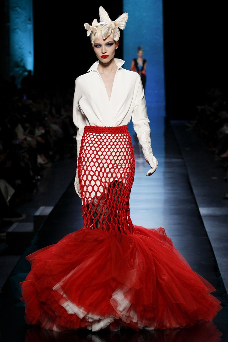 Jean Paul Gaultier Spring 2014 Couture - Review - Fashion Week - Runway, Fashion Shows and Collections - Vogue