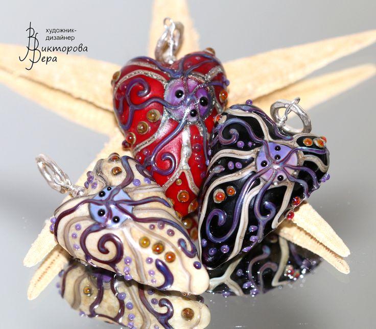 Коллекция кулонов. Авторский лэмпворк Веры Викторовой, серебро. Collection pendants . Handmade glass from Vera Viktorova, sterling silver.
