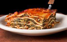 Λαζάνια ολικής με σπανάκι και γαλοπούλα - http://www.daily-news.gr/cuisine/lazania-olikis-me-spanaki-ke-galopoula/