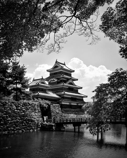 The Matsumoto Castle, Japan: photo by edsheadsaid