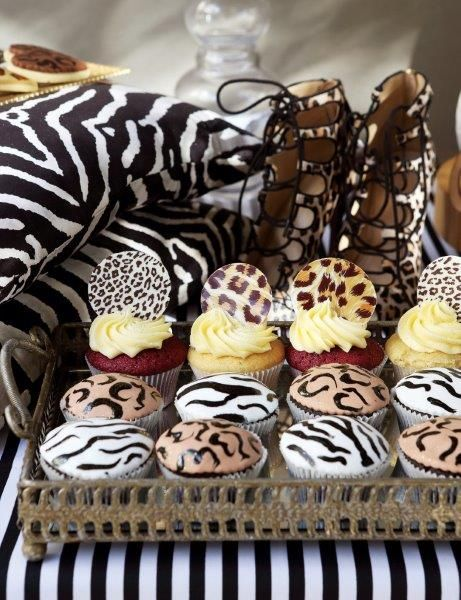 Wow! African inspired animal print cupcakes. A Belle's Patisserie favourite.