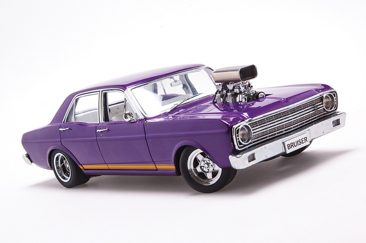 FORD XR FALCON GT STREET MACHINE 1/18 Biante , to be released
