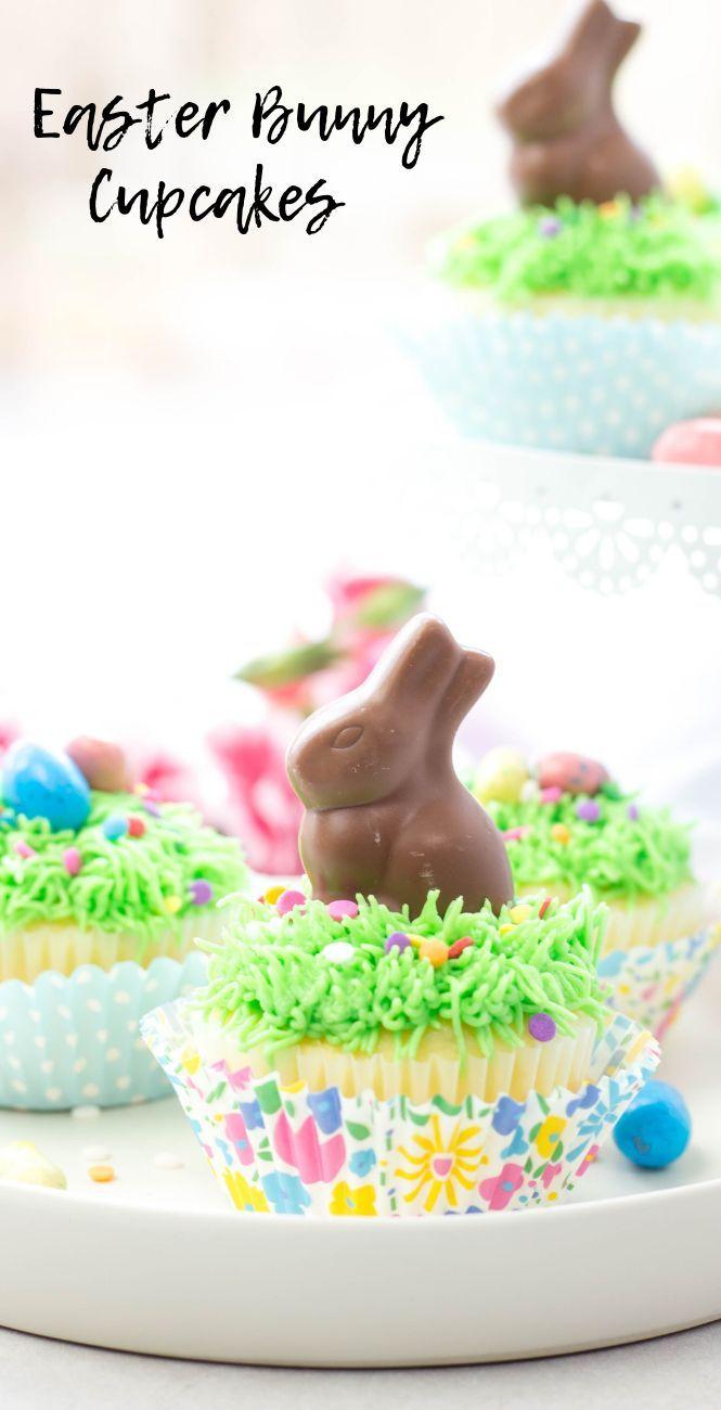 Easter Bunny Cupcakes werden mit weißer Kuchenmischung, einer süßen Buttercreme …