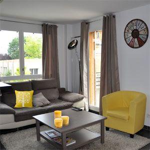 Mod le deco salon jaune salons jaunes d co salon et jaune for Salon jaune et gris