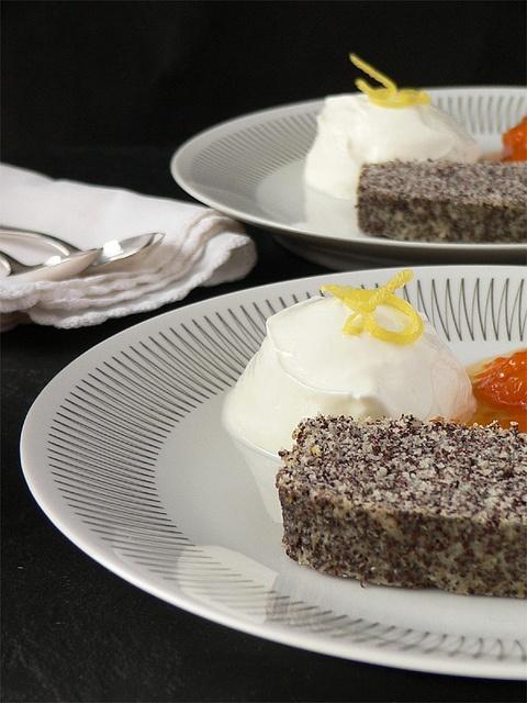 Minimalistischer Mohnkuchen