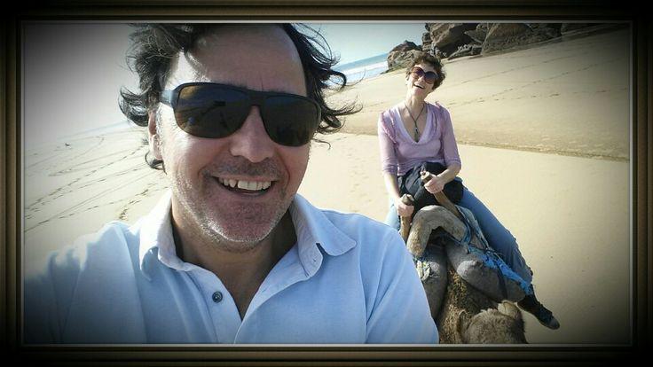 Essaouira,passeggiata sulla spiaggia a dorso di cammello