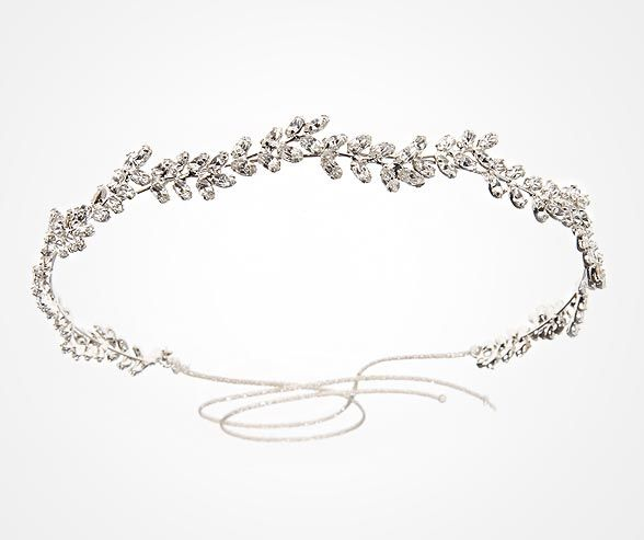 The Delicate Vine Circlet by Jennifer Behr is simple sophisticate at its finest.