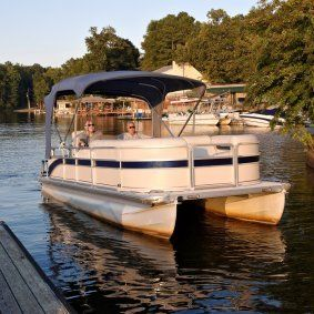 This is a guide about icleaning a pontoon boat/i. Pontoon boats are great for enjoying a day out on the lake. As with any boat periodic cleaning will keep your boat looking nice for many years.