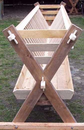 several pictures of this hand built hay feeder.