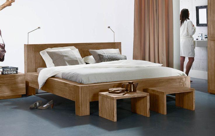 Ledikant Melbourne is een strak kubistisch modern bed in massief hout ...