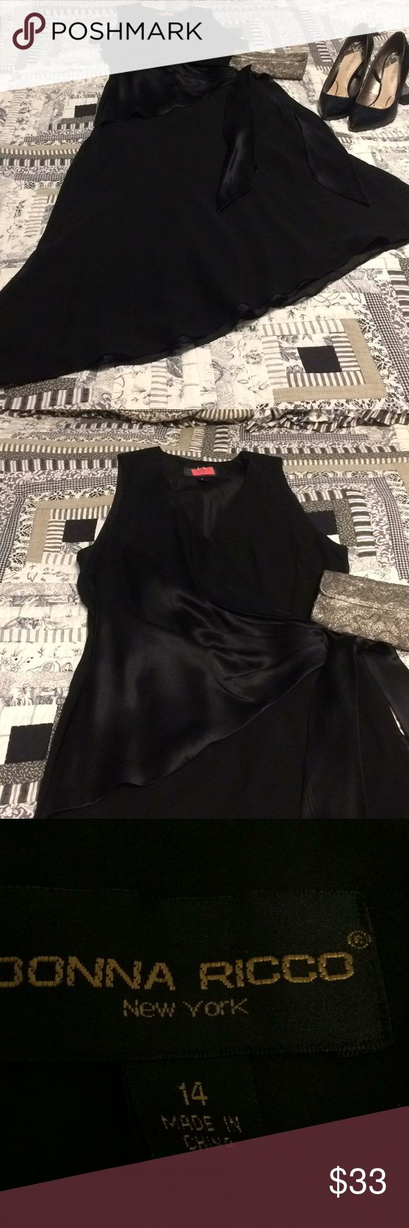💋Donna Ricco New York Size 14 black silk dress Donna Ricco New York size 14 silk lined dress. Great asymmetrical hemline and mix of 2 silk fabrics to make this formal dress. Bought for a cruise.   Smoke free and pet free home Donna Ricco Dresses Asymmetrical