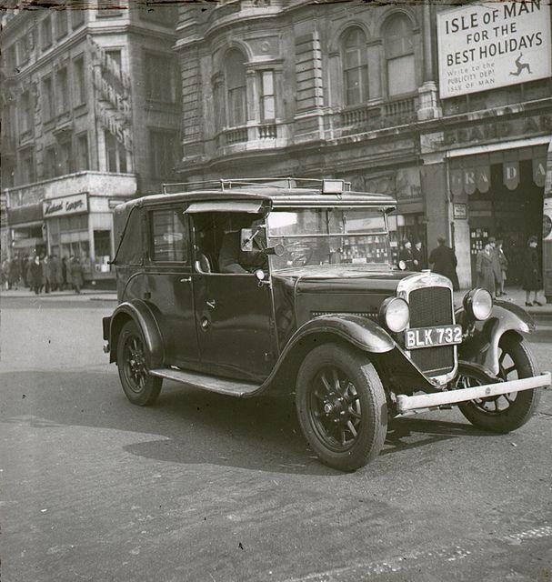 London cab, 1946