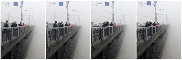 Foto Pasangan Terjun dari Jembatan di Wuhan, Cina   Gambar Pasangan Terjun dari Jembatan di Wuhan, Cina - Yahoo! News Indonesia