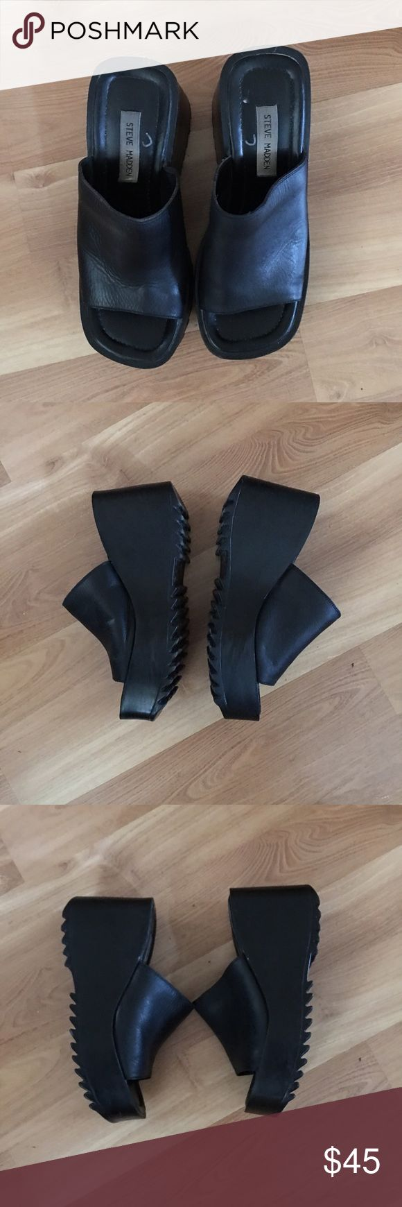 Steve madden wedges size 9 Some normal signs of wear.. it is a size 9.shoes is in very good used condition. Item location: Bin #02 Steve Madden Shoes Wedges