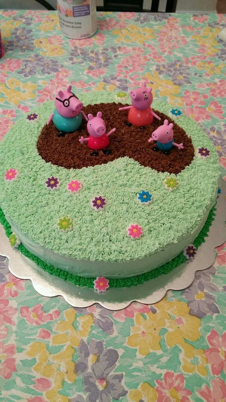 Peppa Pig muddy puddle cake