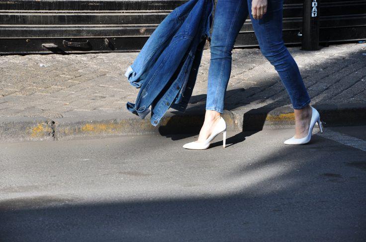 #lapetiteduchesse #denim #vintage #topshop #white #shoes #heels #santiago #chile #fashion #style #streetstyle #topshopchile #leather