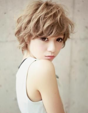 lovely short style. #bbx #hairStyle #fashion