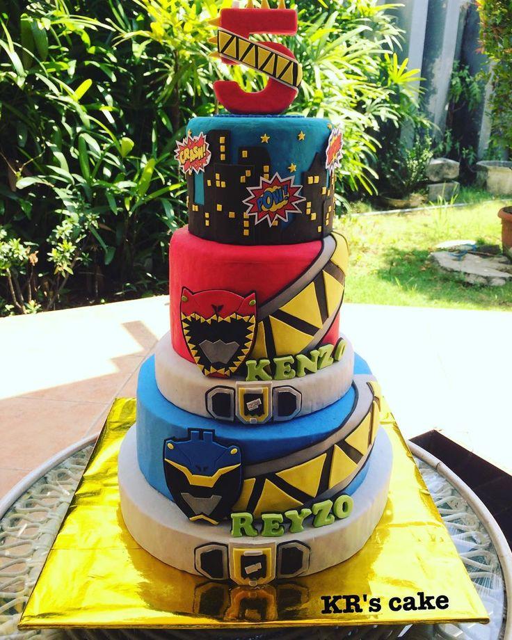 "21 Likes, 2 Comments - Ietje Theresiana (@krscake_indo) on Instagram: ""Power ranger cake okt'17 #krscake #homemadecake #cakebyorder #cakesurabaya #powerrangercake"""