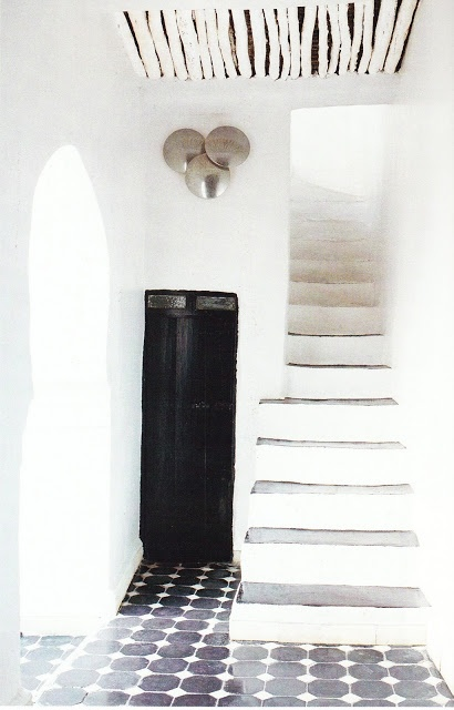 French By Design: A Pop Ryad Floor tiles and ceiling texture...black,white,grey.