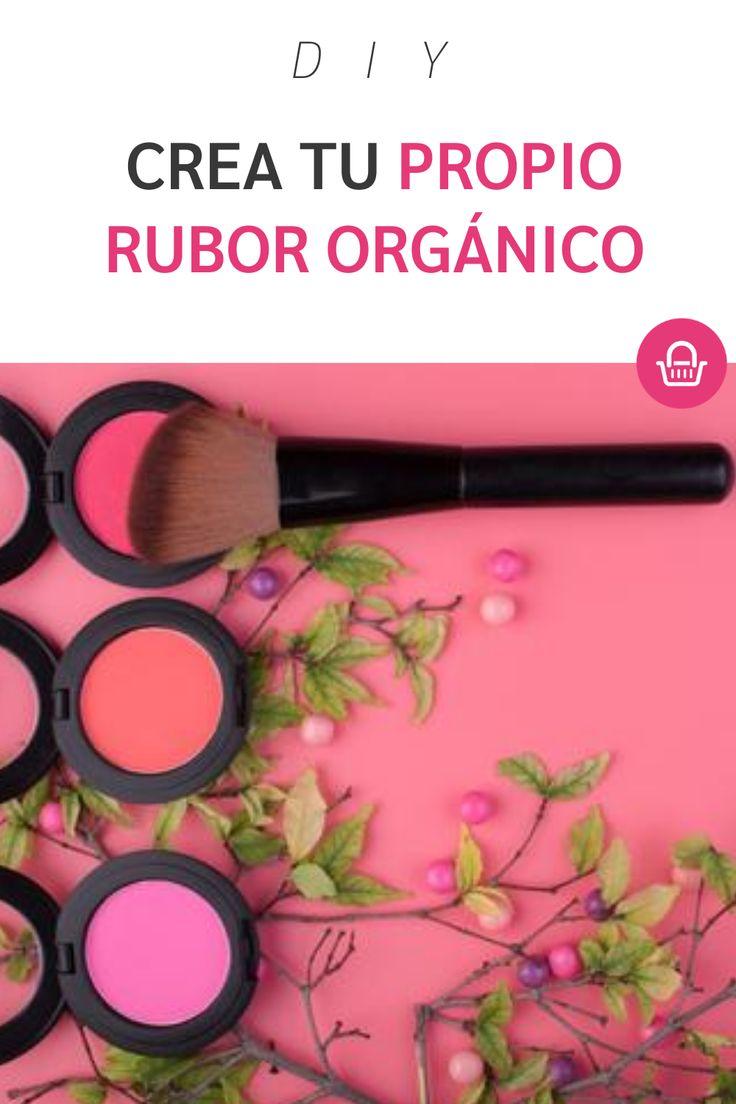 Olvídate de los productos hechos con químicos y comienza a crear tu propio maquillaje en casa. Blush, Diy, Beauty, Pink, Cool Things, Facts, Wellness, Create, Magick