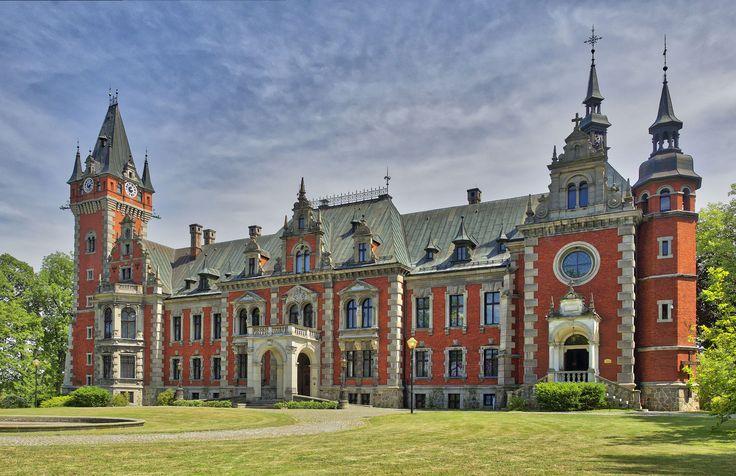 https://flic.kr/p/MMVWqb | Pławniowice Palace, Poland | www.facebook.com/buenavistaschodzinski